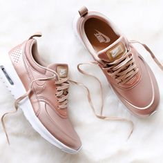 Hoka Women S Shoes Clearance Key: 9661231073 Me Too Shoes, Sneakers Fashion, Fashion Shoes, Kicks Shoes, Chanel Sandals, Clearance Shoes, Sporty Chic, Crazy Shoes, Shoes