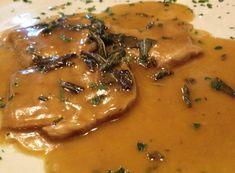 Escalop de vitel in sos de vin | Gastropedia - retete culinare minunate. Retete traditionale, retete internationale, deserturi si recomandari de meniuri Thai Red Curry, Mary, Ethnic Recipes, Food, Essen, Meals, Yemek, Eten