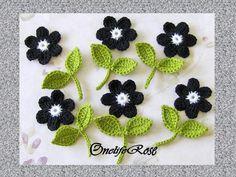 Häkelblumen set besteht aus 12Teilen