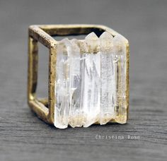 CRYSTAL CAGE Ring - Five Raw White Gemstone Crystal Points Distressed Vintage Gold Cube Ring