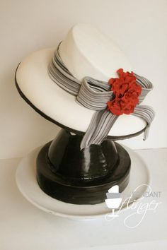 This cake looks like it was made for me-hat mad! Gorgeous Cakes, Pretty Cakes, Amazing Cakes, Mothers Day Desserts, Mothers Day Cake, Cupcakes, Cupcake Cakes, Hat Cake, Cake Accessories