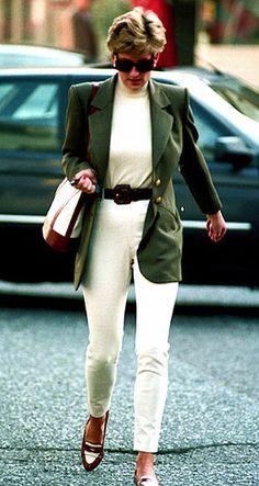 October 15, 1994: Princess Diana shopping at Harvey Nicholls in Knightsbridge…