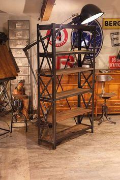 etagere industrielle riveté réalisée avec du vieux bois  plus d'info sur: http://ift.tt/1j72nM2 #design #industriel #deco #usine