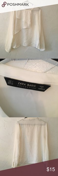 Zara white blouse Billowy white Zara blouse. Only worn once. Zara Tops Blouses
