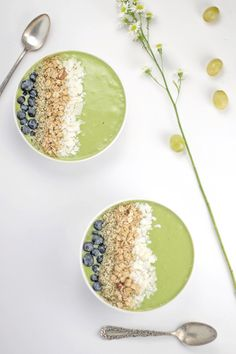 This is the green smoothie for people that hate green smoothies...and of course everyone else. It is delicious and easy to make! Make this your new morning routine!