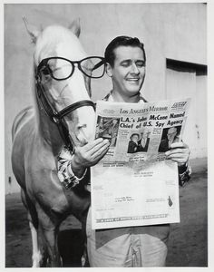 1960 Mr Ed Show. Wilbur drove a Studebaker and taught Mr. Ed how to read! Mr. Ed went on to college and got a Business Degree at Boston University.