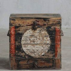ANTIQUE BOOK BOX WITH ORIGINAL PAINTED DETAILS FROM QINGHAI PROVINCE,TIBETAN PLATEAU,CHINA. CIRCA 1880