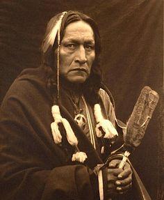 Bro'-ga-hee-ge. Osage. ca. 1900. Photo by Carl Moon.