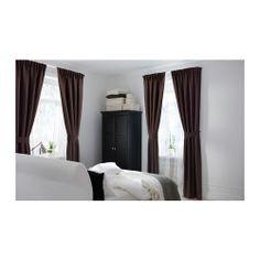 ANITA Cortinas &alzapaños, 1par IKEA El tejido denso te ayuda a oscurecer la habitación y amortiguar los sonidos.