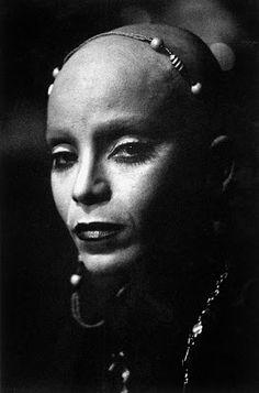 Elza Soares photo by Madalena Schwartz 1973