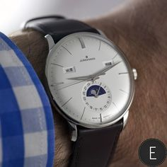 Junghans Meister Calendar - ref. 027/4200.00 - in-depth watch review by ESCAPEMENT Time flies Angus Davies provides an in-depth review of the Jughans Meister Calendar. This watch, from the brand based in the heart of the Black Forest, presents an array of functions expertly delivered with a clean and legible dial display. Time is uniform and consistent in magnitude, seconds... - http://www.uzume.net/junghans-meister-calendar-ref-0274200-00-in-depth-watch-review-by-escapem