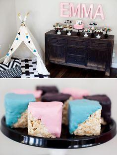 Modern Minimalist Geometric Baby Shower {Pink & Teal}  http://blog.hwtm.com/2014/10/modern-geometric-baby-shower/