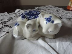 Lovely Delft Elseva Cat and Kitten figurine | eBay