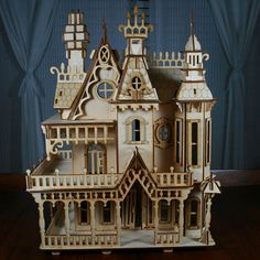 Nothing more beautiful than a victorian dollhouse :)