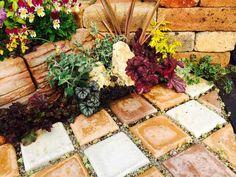 小スペースをおしゃれに飾る!自然石を使った簡単花だん!! | えんじょいふる -ジョイフル本田暮らしのDIY投稿型情報サイト-