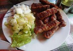 Kebap (Köfte) Üsküp'te köfteye kebap deniyor. Köftelerin tadının İnegöl köftesine benzediğini söyleyebiliriz. En meşhurları eski çarşı içerisindeki Destan. Burada porsiyon değil taneyle sipariş veriliyor.