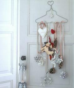 Encore: adorable Christmas wall hanging!
