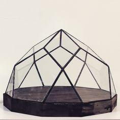 Amazing geometric crystal box by Geometrium.