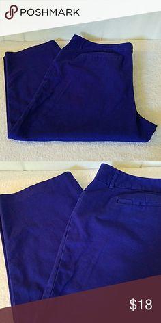 Am I blue? Deep royal blue ankle pants. Inseam is 24.25. Liz Claiborne Pants Ankle & Cropped