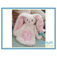 Offering thousands of embroidery and applique designs, fonts, sewing supplies and tools Baby Applique, Baby Embroidery, Embroidery Monogram, Applique Embroidery Designs, Machine Embroidery Applique, Embroidery Fonts, Embroidery Ideas, Machine Embroidery Projects, Sewing Projects
