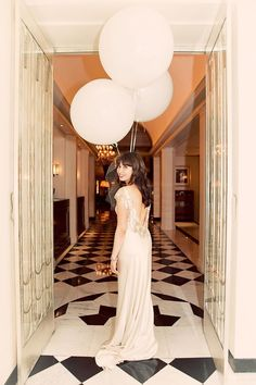 pictures of weddings using giant balloons - Google Search