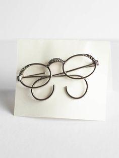 2ebf25821b26 Eyeglass Brooch Pin Spectacles Glasses Silvertone Sexy Librarian