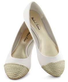 white and gold flats / white flats / gold flats / modcloth