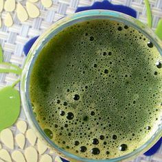 A Green Detox Juice- debloating. I want to make the smoothie to leave the fiber intact. This would be calming for tummy troubles. I made this today with one apple with peel on, a few kale leaves and Italian parsley. ( couldn't find watercress) I sprinkled cinnamon on top. Yum!