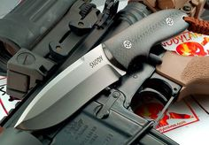 Custom fixed blade by Snody Knives