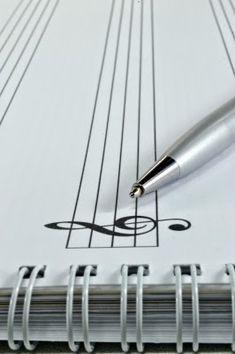 Gimnasio Mental para Músicos: Creatividad Ha llegado la hora de empezar a trabajar en serio, de entrenar tus capacidades mentales para ser un músico de alto rendimiento. Y vamos a empezar por una habilidad muy interesante en el ámbito musical: la creatividad. #Estrategias  #Creatividad #Musica #LaMusa