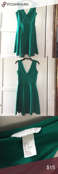 H&M emerald green dress - size XS EUC H&M emerald green dress in size XS.  Worn only once for a summer party.   Love the classy color and flirty cut!  You will get so many compliments on this dress because the color stands out and is simply gorgeous! 💚 Made of 76% polyester, 19% viscose, and 5% elastane.  And, like all pretty things, this dress should be lightly ironed. 🙂 H&M Dresses