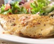 Healthy, quick and easy chicken breast with tarragon-mustard cream sauce recipe not only looks elegant but taste delicious as well. This would definitely a hit for mustard lover. Grapefruit Recipes, Grapefruit Diet, Real Food Recipes, Chicken Recipes, Mustard Cream Sauce, Healthy Breakfast For Weight Loss, Cream Sauce Recipes, Mint Sauce, South Beach Diet