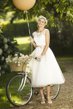 View our range of affordable tea length wedding dresses from Brighton Belle. Featuring vintage style short bridal gowns & unique retro t-length wedding dresses. Belle Wedding Dresses, Wedding Gowns, Wedding Bells, Lace Wedding, Tea Length Wedding Dress, Tea Length Dresses, Short Dresses, Pinup, Brighton Belle