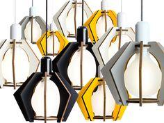 Muotoilutoimisto Eheen Särmä-valaisimet valmistetaan kotimaisesta laminoidusta koivuvanerista ja niitä on saatavilla neljässä eri värissä. #habitare2015 #design #sisustus #messut #helsinki #messukeskus
