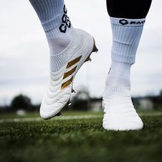 Adidas Soccer Boots, Football Shoes, Football Kits, Nike Soccer, Soccer Shoes, Neymar, Messi, Nike Cleats, Soccer Cleats
