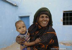 ¿Sabes que con 1,20€ de cada uno podemos ayudar a mejorar la salud ocular en los campamentos de refugiados saharauis? Envía SAHARA al 28014