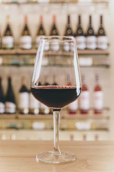 Red Wine, Alcoholic Drinks, Glass, Wine, Alcoholic Beverages, Drinkware, Liquor, Glas, Mirrors