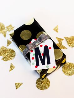free printable monogram gift tags.  already used a bunch - super cute! great for bottle cap jewelry, glass tile jewelry & fridge magnets too! #ecrafty