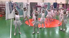 vianocne vystupenie tanec snehovych vlociek - YouTube Youtube, Youtubers, Youtube Movies