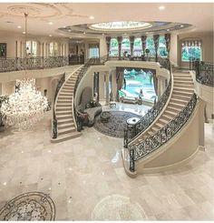 Pour Elise _______________________________________ Info: This Mediterranean st. Luxury Homes Exterior, Luxury Modern Homes, Luxury Homes Dream Houses, Dream Homes, Exterior Design, House Hall Design, Cool House Designs, Modern House Design, Dream House Interior