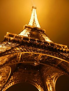 Paris <3 (Click for 20 Breath-taking Night Scenery Photography to Inspire You)