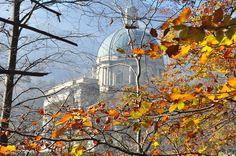 #Oropa #autunno #autumn #foliage #church #chiesa #MadonnaNera  foto di Edo Callegari