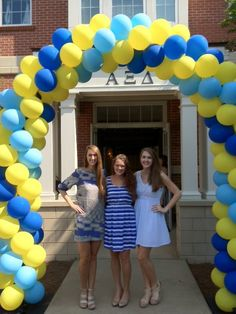 Awesome balloon arch at Auburn University for Alpha Xi Delta recruitment