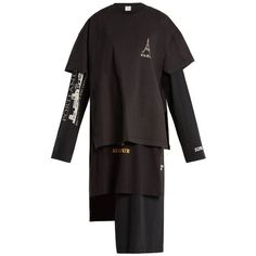 Vetements Tourist logo-print layered oversized T-shirtdress (€1.245) ❤ liked on Polyvore featuring tops, t-shirts, drapey tee, layering t shirts, crew neck t shirt, vetements t shirt and crew t shirts