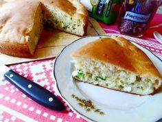 Фото к рецепту: Заливной пирог с рисом,рыбой и не только