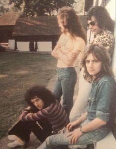 Queen Photos, Queen Pictures, Band Pictures, Band Photos, John Deacon, Roger Taylor Queen, Queen Aesthetic, Queen Freddie Mercury, Queen Band