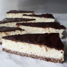 Fit sernik – Tetiisheri Healthy Cake, Healthy Sweets, Gluten Free Recipes, Low Carb Recipes, Fitness Cake, Sweet Desserts, Food Hacks, Love Food, Sweet Treats