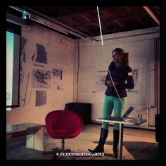 Jeanette Eikelenboom legt Breda2030 uit tijdens bijeenkomst SMC076 in Elecron/Breda - Dutch Design Photography • Artstudio23.com