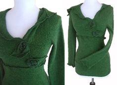 Ruffled Floral Sweater S von RebeccasArtCloset auf Etsy