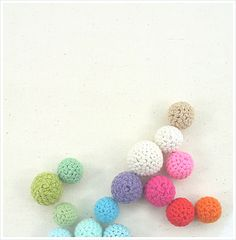 Amigurumi Crochet Balls--add catnip & a bell for cat toys! Great use of leftover yarn